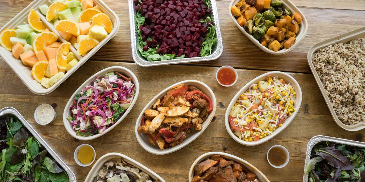 Were born from a simple idea: create a curated lunchbox service with gourmet and conscientious ingredients. Nourishment does not have to be compromised by convenience. We deliver food from farm to our kitchen to you so everyone wins. - The Rootastes