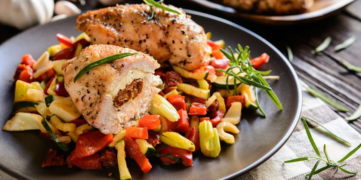 We opened in Bridgeport, CT in 1993 with the dream of offering creative Italian cuisine. Seven locations and 16 years later, we're proud to be the largest & most popular local chain in Fairfield county. Our breakfast and lunch packages offer you a largely customizable selection of our Zagat-rated cuisine. If you're looking for a quick, easy, and certified delicious way to feed your next meeting, give us a try! - Vazzy's Osteria