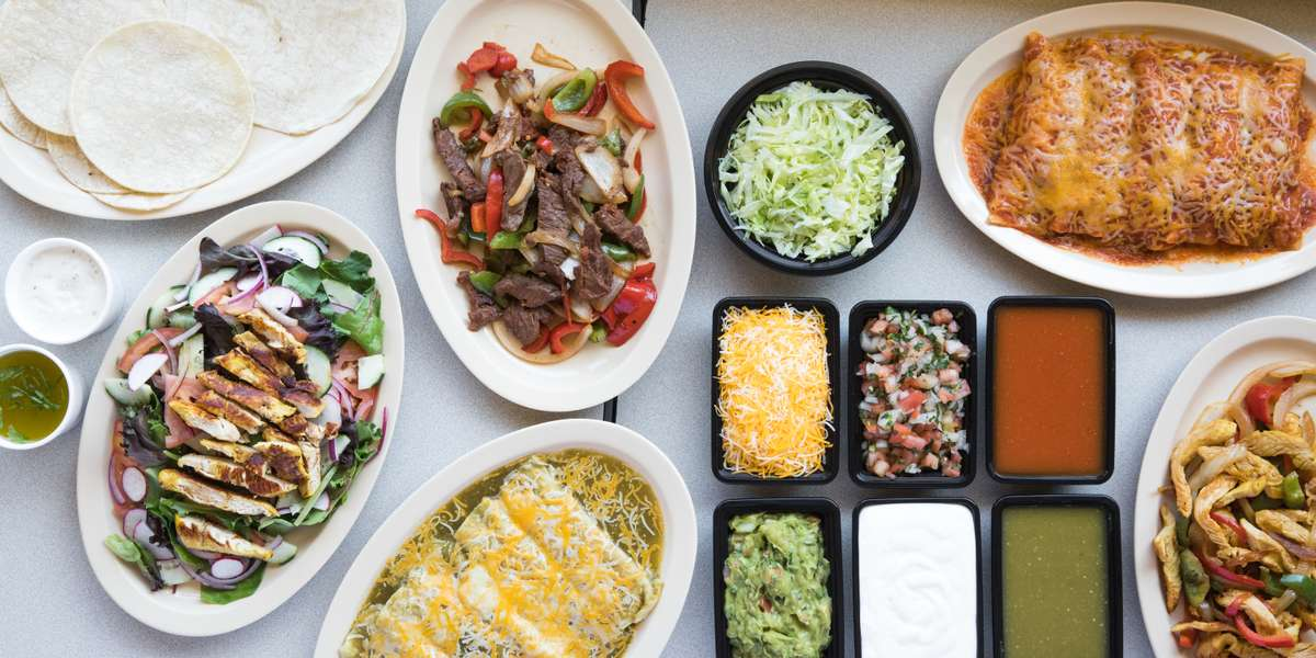 It's a family affair and cooking is our shared passion. Our recipes have been passed down for generations, ensuring you'll receive only the most authentic Mexican cuisine. Satisfy even the largest of crowds with our build-your-own breakfast bowl, taco, or fajita bars! - Los Guzman Mexican Food