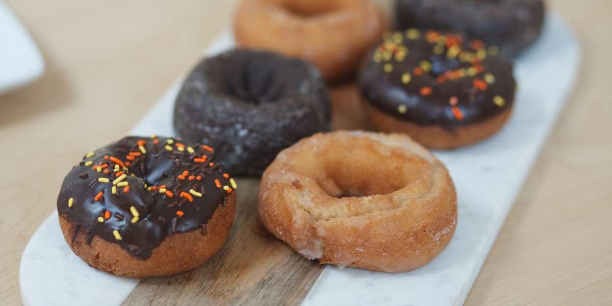 - Pops Donuts
