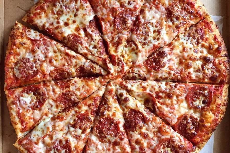 We have been family owned and operated for over 40 years, serving the very best authentic Italian pizza and specialty hoagies. Winners of the International Gold Medal Pizza Sauce Award. - Fox's Pizza Den