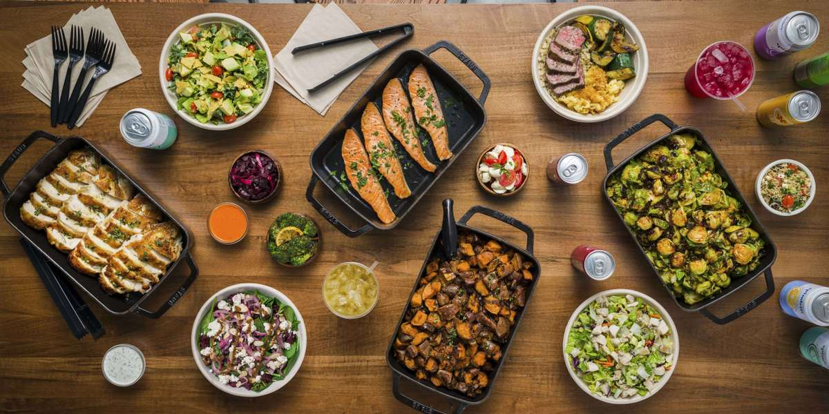 We offer vegetarian, gluten-free, and vegan options, so we always have something for everyone in your group. With classic warm sides like mac & cheese and full flavorful salads, we show you that healthy doesn't have to be bland. - Quality Greens Kitchen