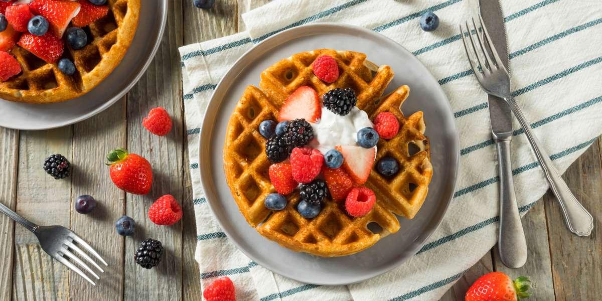 - Breakfast Kitchen Bar