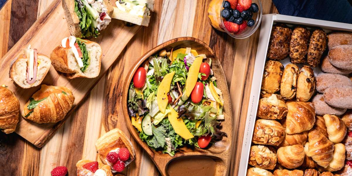 We are a company that provides a unique experience to customers with our trend-setting bakery and café. Our specialty breads, pastries, cakes, and sandwiches are sure to please at your next meeting or event! - Paris Baguette