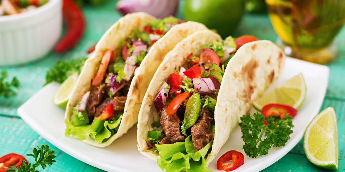 - Los Tres Mexican Restaurant