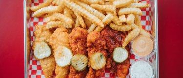 Lucky's Hot Chicken