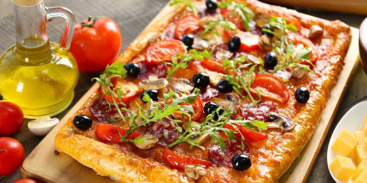 - Queens Pizza
