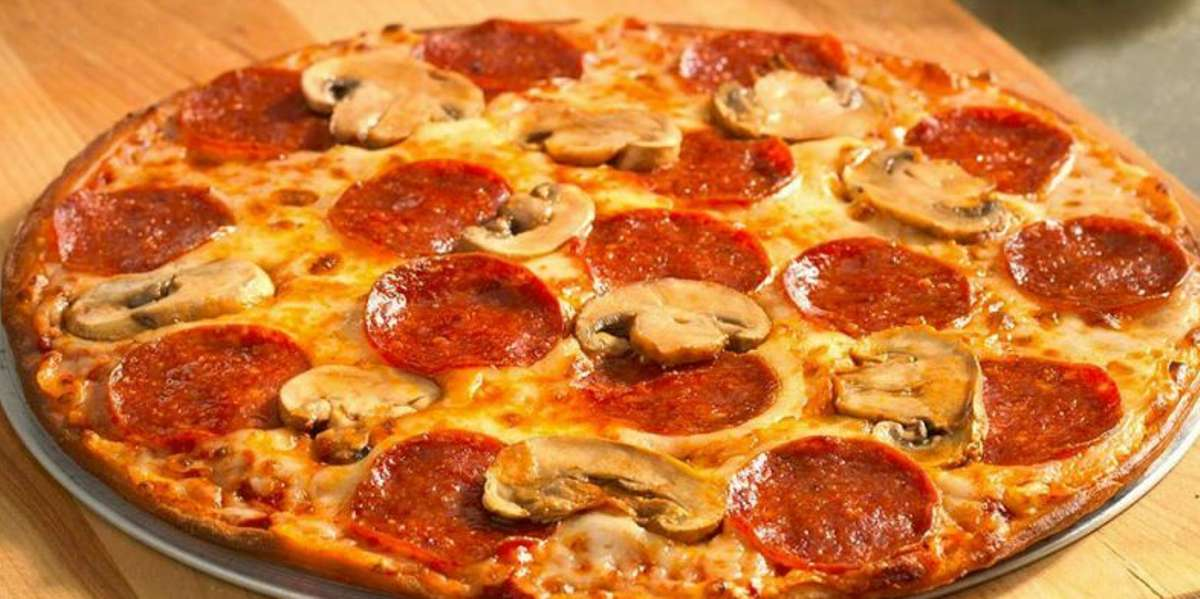 There's nothing more you can ask for when it comes to a pizzeria. That's what our customers say! When you order from us, you'll get good flavor, good prices, and good portion sizes. If you're craving pizza, pasta, or hoagies, we're a keeper. - Luca's Pizza