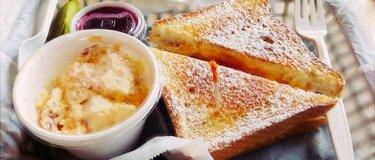 SweetBerries Eatery & Frozen Custard