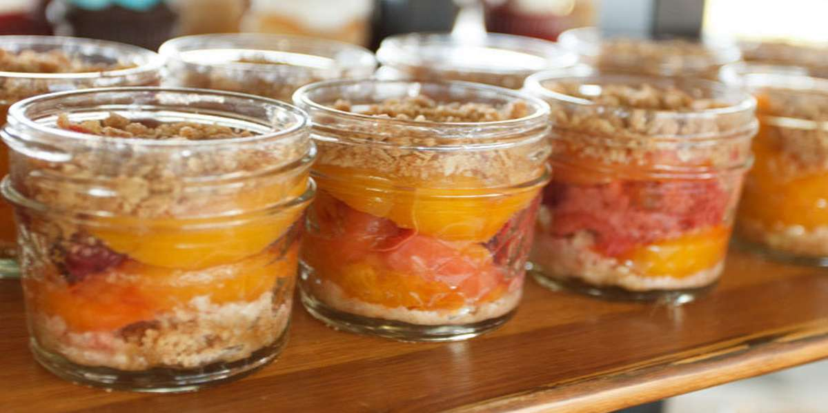 Whether you're planning an upscale company gala or just another lunch for an office meeting, let us provide the extra hand that your event needs! With an elegant yet simple menu featuring breakfast spreads, hot lunch buffets, and box lunches with hearty and filling sandwiches, we've covered all the catering bases to become Cincinnati's premiere catering company. Add drinks and one of our decadent desserts, and you're set for success! - Current Catering