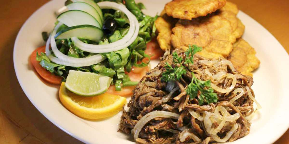 Our family restaurant delivers Chilean and Arabic favorites straight to your office. We specialize in healthy foods that are sure to garner rave reviews with your guests because we don't sacrifice flavor. Try our food and see the difference. - Los Hornos Restaurant