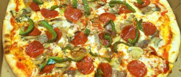 AMORE PIZZA by jack calandra