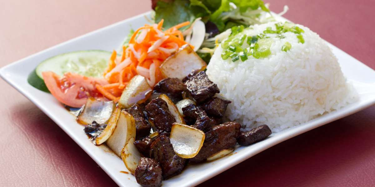 We've been pleasing customers with our authentic pho and other Vietnamese dishes for years. Our customers know we have use the highest quality ingredients with a perfect mix of seasoning and spices only found at our restaurant. - Dua Vietnamese