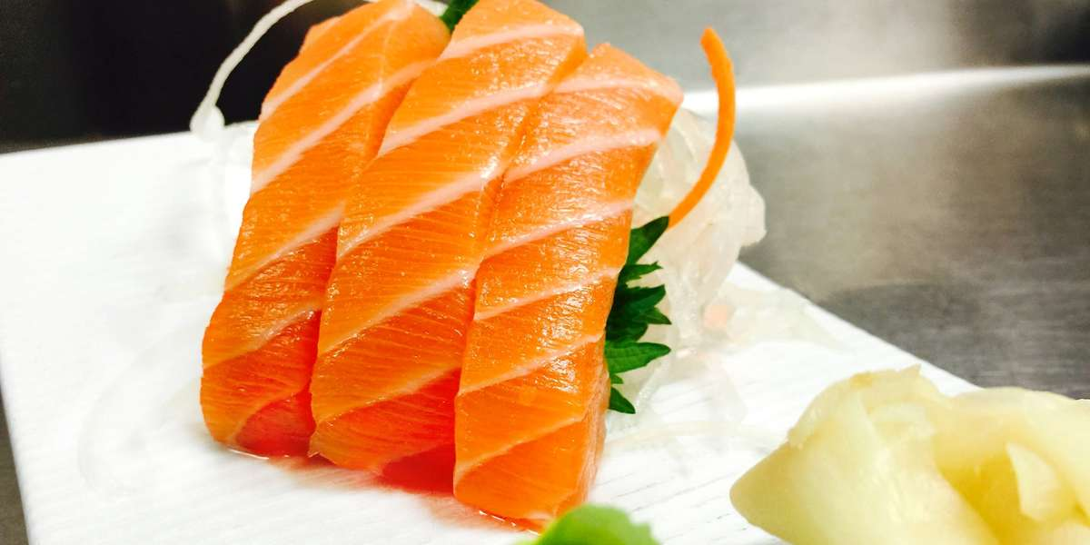 Fusing the best of both modern and traditional Japanese cuisine together, Hiro 88 serves premium grade sushi and top quality meals. We draw from the food cultures of China and Korea as well, combining them with our Japanese roots to make the best in Asian fusion cuisine. - Hiro 88 Restaurants