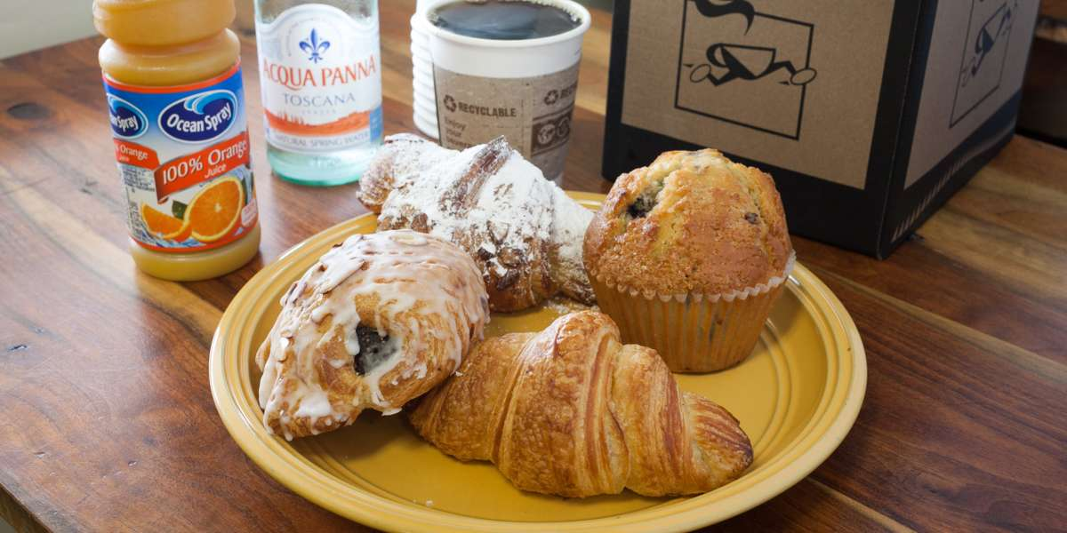 We've been proudly serving organic baked goods to Durham, Chapel Hill, Raleigh, and Greensboro since 1981. Two brothers started this simple bakery that has since grown to include cafe items, like great sandwiches, along with our phenomenal breakfast! - Ninth Street Bakery