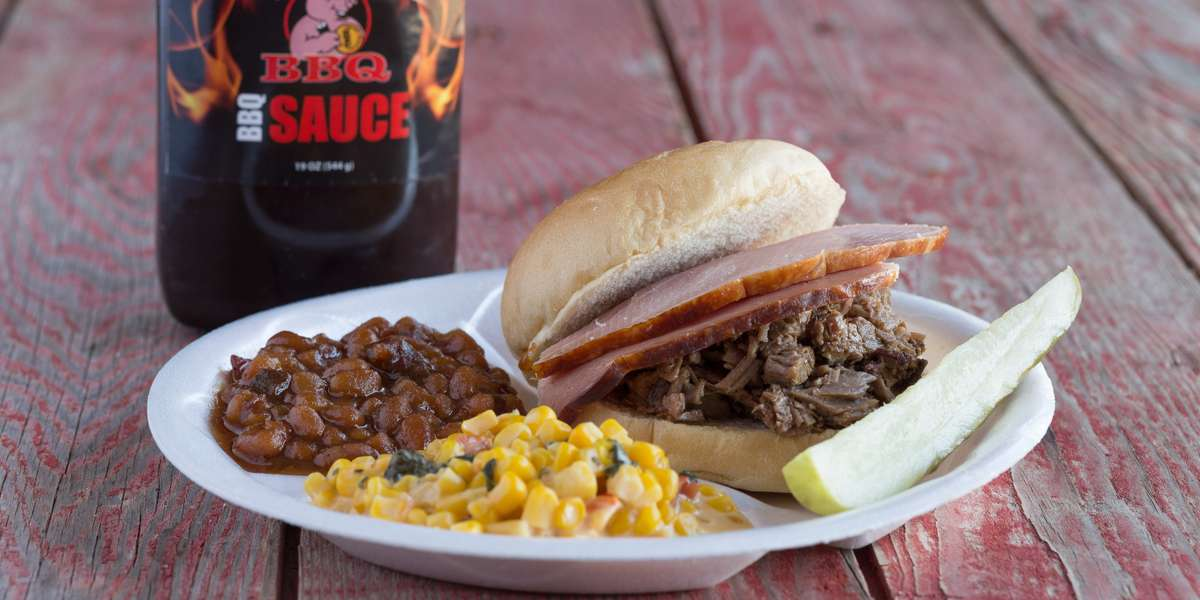In need of amazing BBQ? Look no further. We keep ordering simple with our selection of catering packages. Whether you're craving pulled pork or smoked brisket, our mouth-watering BBQ will keep you and your guests super satisfied. We look forward to serving you soon! - SMOKE N BABES BBQ