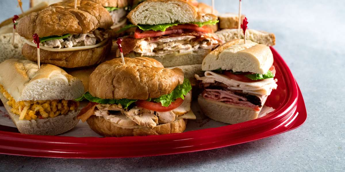 An express casual dining experience with an emphasis on freshness and flavor, Newk's is serving fresh tossed salads, oven-baked sandwiches, made-from-scratch soups, and homemade cakes from our open kitchen. We literally go the extra mile to source only the finest flavors! There's something for everyone here. - Newk's Eatery