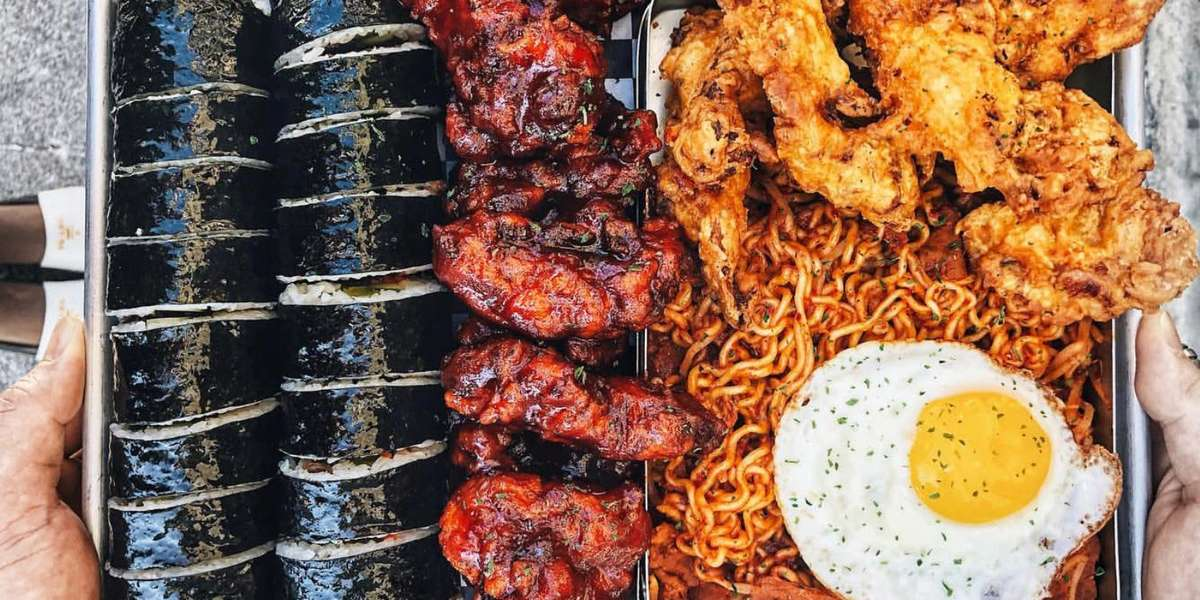 We've got the sweet, the spice, and all the savory in-between. From bulgogi fried rice to Korean fried chicken, our menu boasts a variety of Korean-style eats for everyone to enjoy. Let us help make your next meal the most flavorful one yet! - Aria Korean Street Food