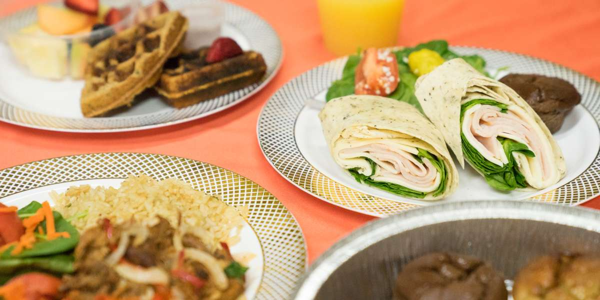 Turn the wheel over to the pros with today's deals from Healthy Xpress, serving central Miami-Dade County. Dig into international meal options like fajitas, meatballs, coconut fish, and chicken Parmesan.  - Healthy Xpress