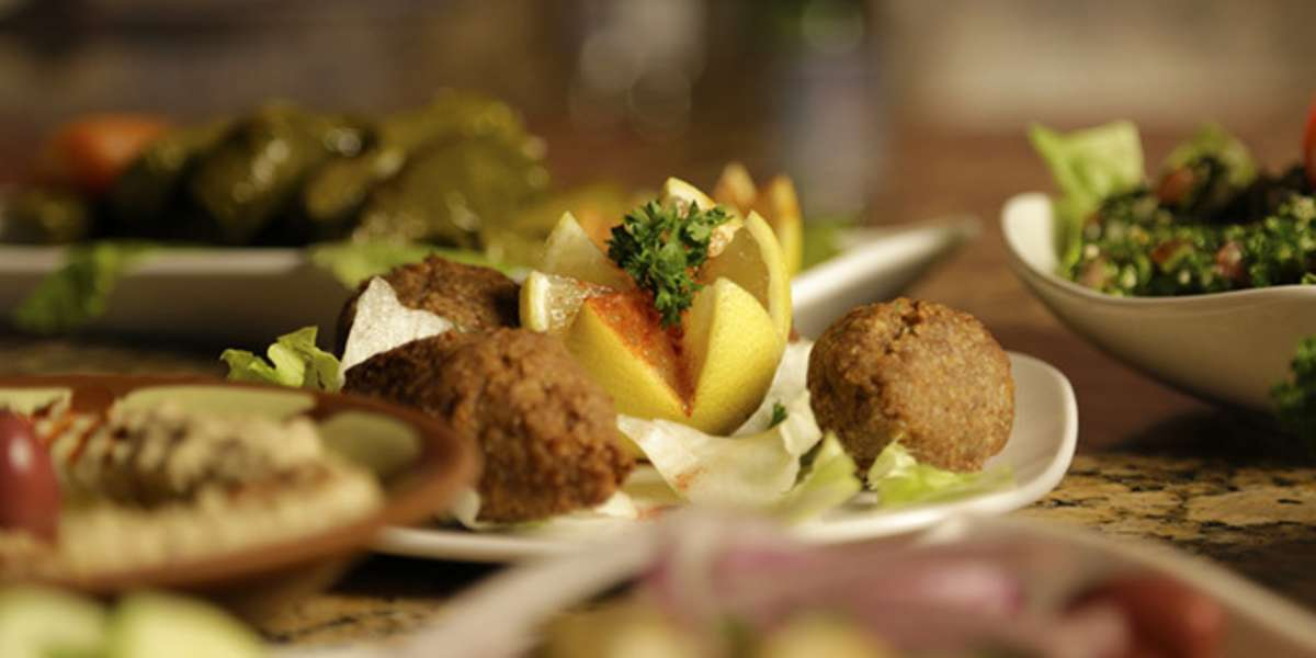 With delicious Middle Eastern fare at reasonable prices, it's no wonder we're voted Worcester's best Middle Eastern restaurant year after year. Yelp users love our port saiid and baba ghanoush, and we're certain that you will too. Let us cater your next meeting! - El Basha Restaurant