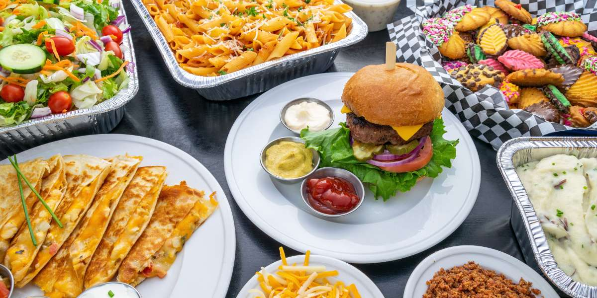 Our passion for serving high quality meats and sandwiches has endured for over four decades. Choose from our convenient boxed lunches and office-friendly buffets for a spread that exemplifies our enduring legacy. - Charlie Brown's Steakhouse