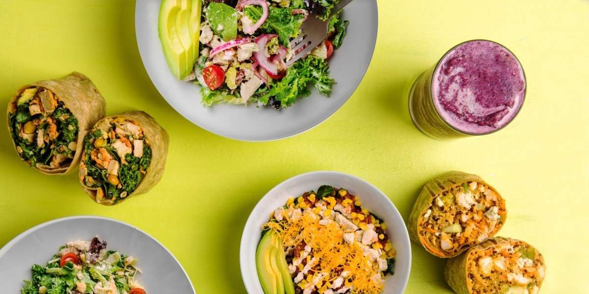 Discover a menu with zero bad choices, serving a wide selection of salads, wraps, bowls and shakes customizable for all diets and tastes.  Everything on the menu is delicious, nutritious and protein packed with 15+ grams of protein.  It's all good.  - Protein Bar & Kitchen