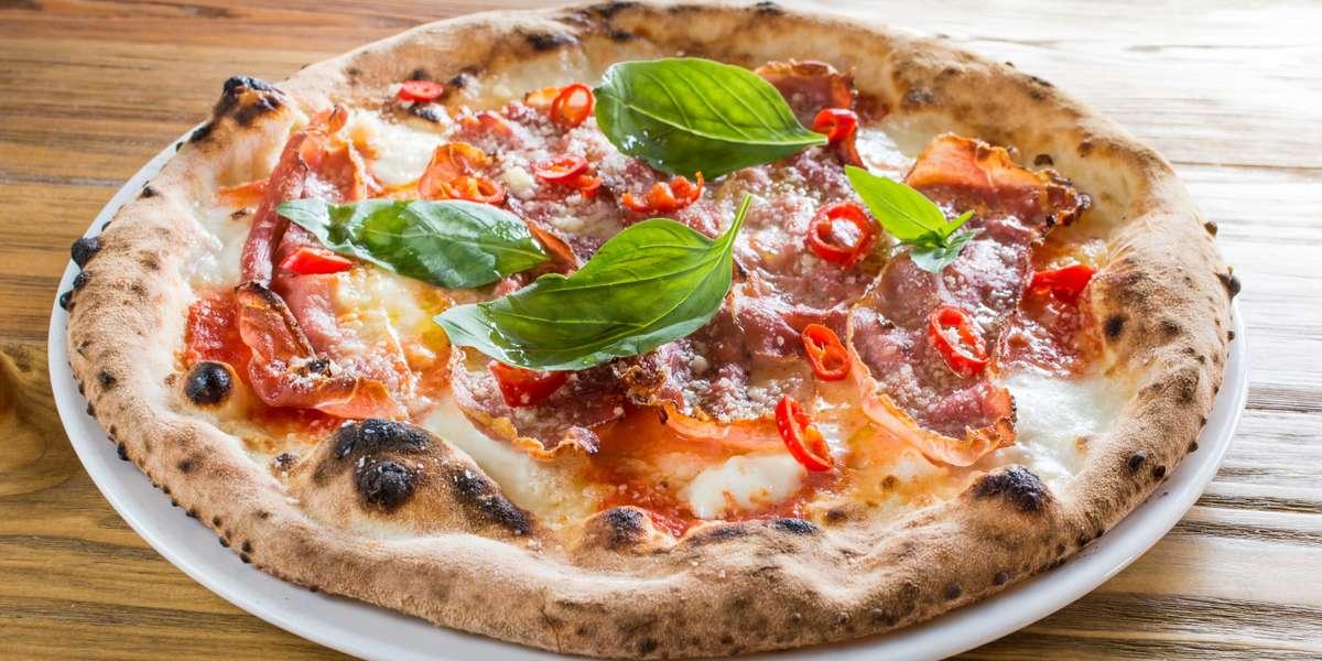 - De Luca's Restaurant