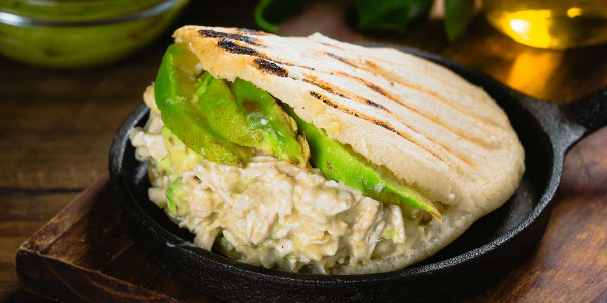 We fuse the best of Venezuelan and Lebanese cuisines to create unique pita and arepa dishes that you won't find anywhere else. Think of chicken shawarma pitas with rice and beans, or arepas piled high with vegetables. Sounds delicious, doesn't it? We think so, too.  - Are Pitas