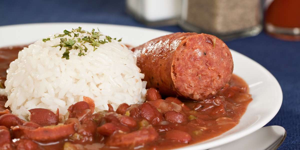 From crawfish to jambalaya, we serve all of your favorite Cajun and Creole classics. Our Chef Joy prepares our dishes from family recipes that have been passed down through the generations. We cook with soul, and aim to give you a true New Orleans experience. - Nawlins Flava Cafe