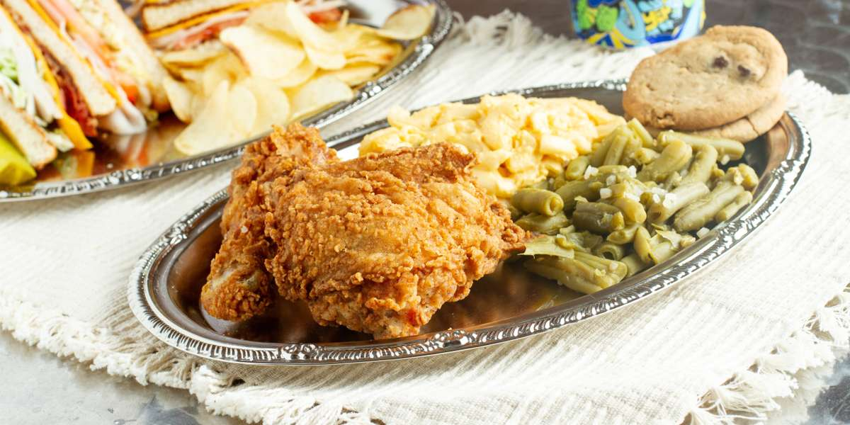 Like an ocean breeze on a hot day, our food is here for your comfort. With tried-and-true offerings like our fried chicken, sandwiches, and homemade brownies, our American classics are sure to delight and satisfy.  - Ocean Breeze Cafe